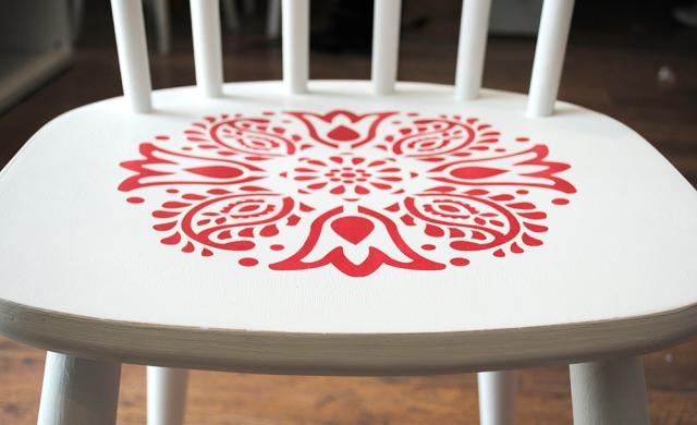red stencil4