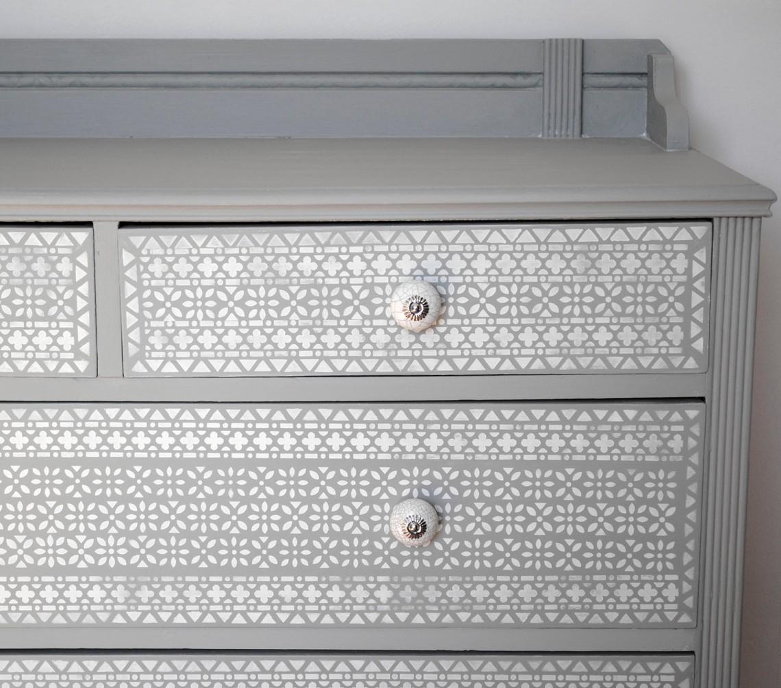 drawers close