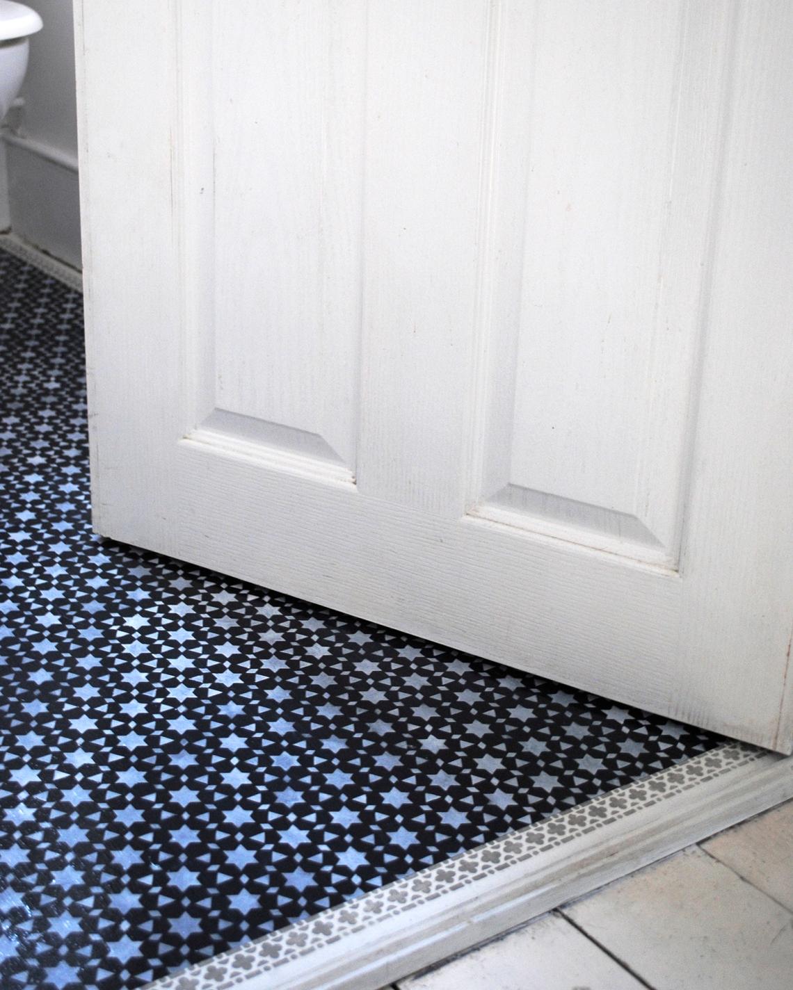 door floor