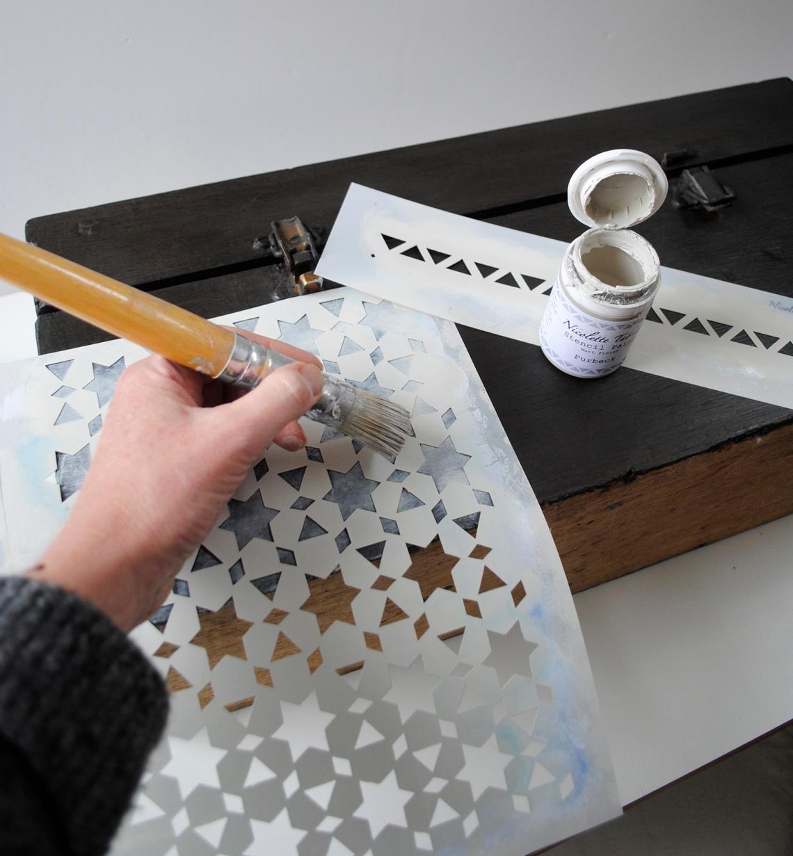stencil-box