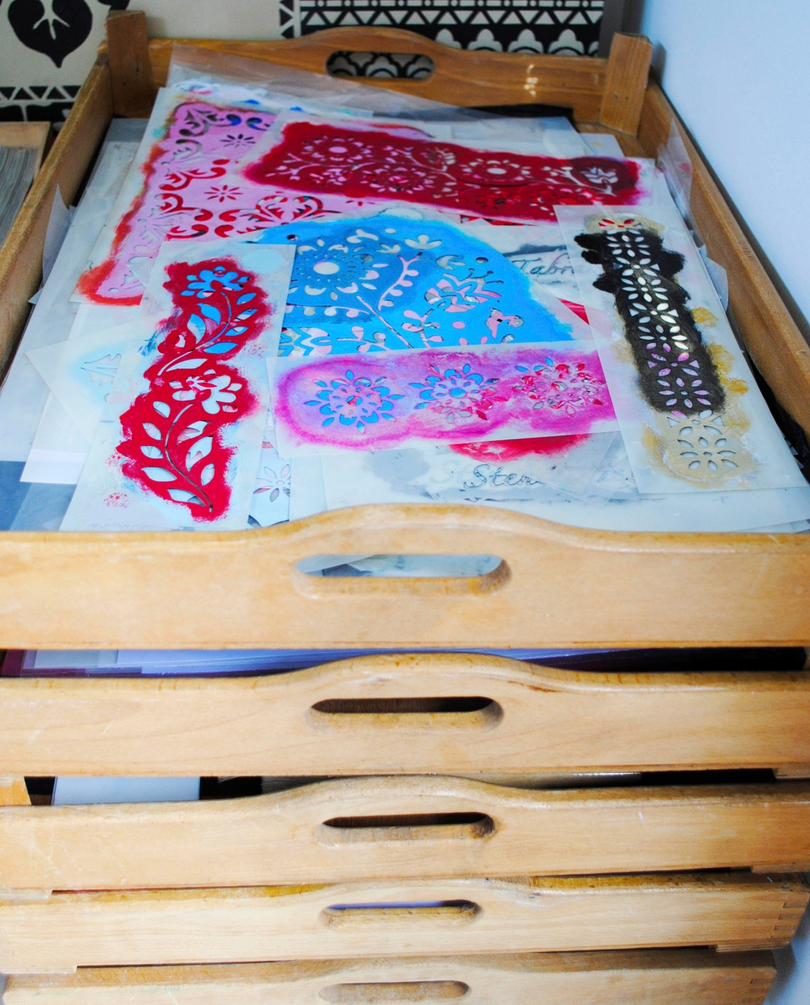 stencils-in-bakers-trays