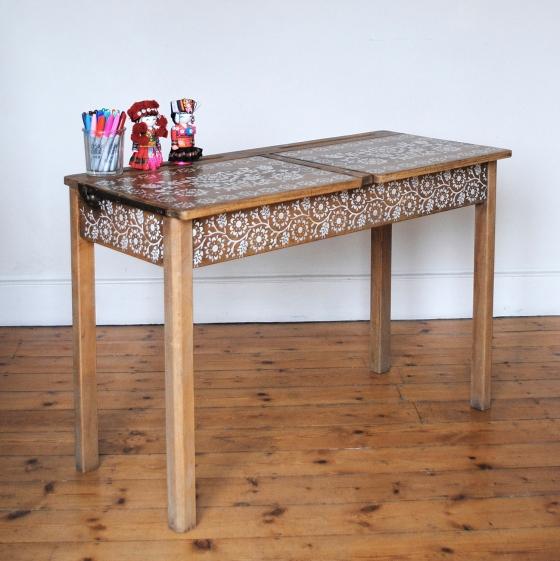 finished-desk