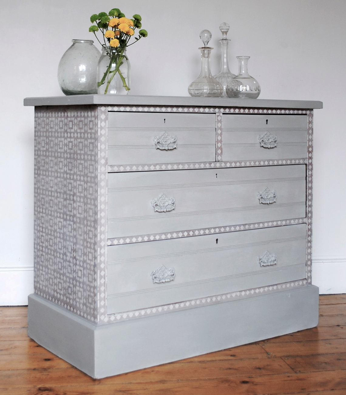 Kasbah Chest